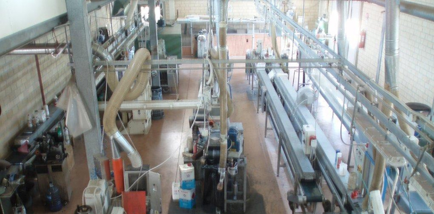 Leather Bends Manufacturer machinery